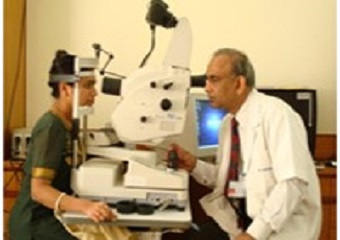 Performing FFA on Fundus Camera