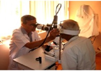 Performing laser pan retinal photocoagulation