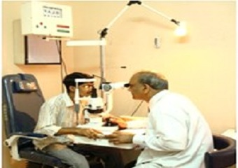 Slit lamp examination on chair unit